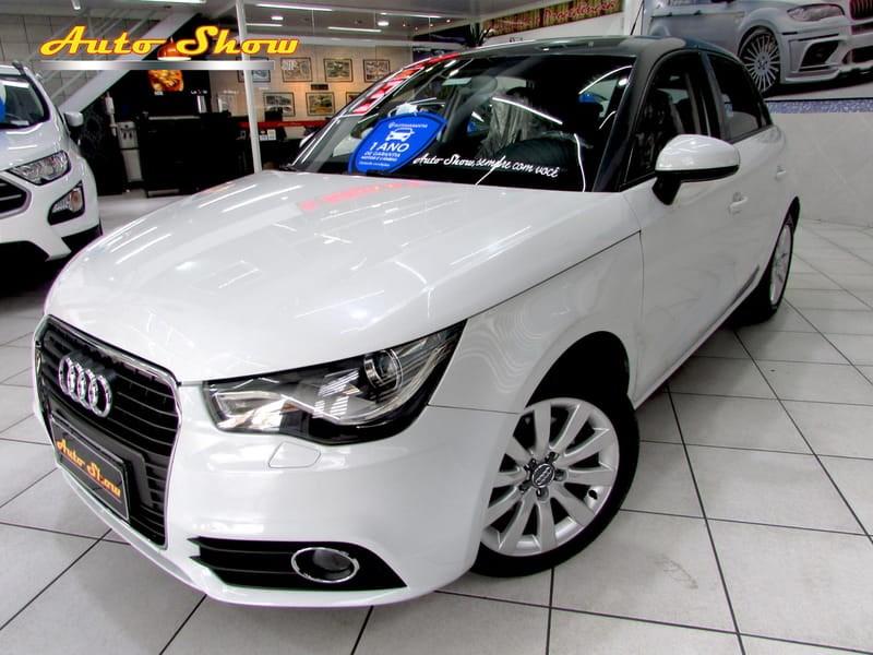 //www.autoline.com.br/carro/audi/a1-14-tfsi-attraction-16v-122cv-gasolina-4p-auto/2013/sao-paulo-sp/10982264