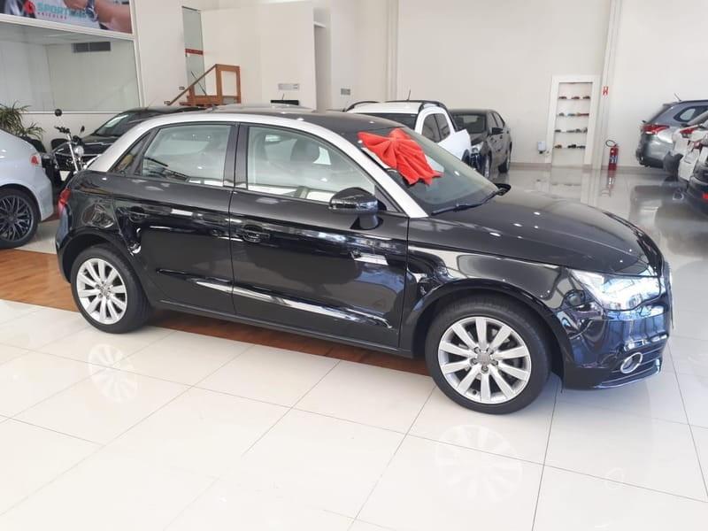 //www.autoline.com.br/carro/audi/a1-14-tfsi-attraction-16v-sportback-gasolina-4p/2014/campinas-sp/13038939