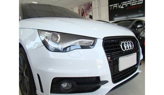 //www.autoline.com.br/carro/audi/a1-14-tfsi-ambition-16v-sportback-gasolina-4p-s/2013/sao-paulo-sp/7820555