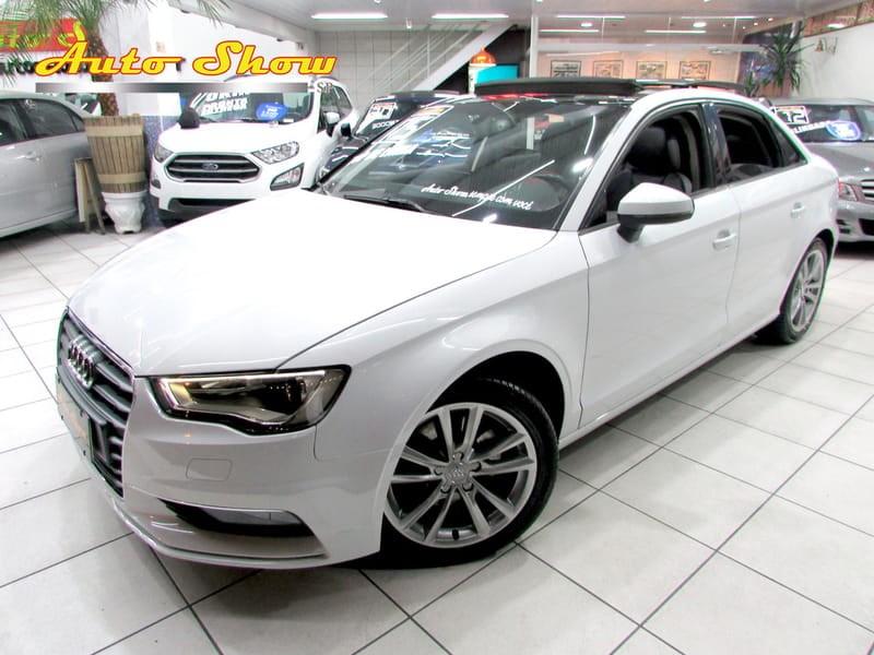 //www.autoline.com.br/carro/audi/a3-18-tfsi-ambition-180cv-16v-sedan-gasolina-4p/2015/sao-paulo-sp/11107339