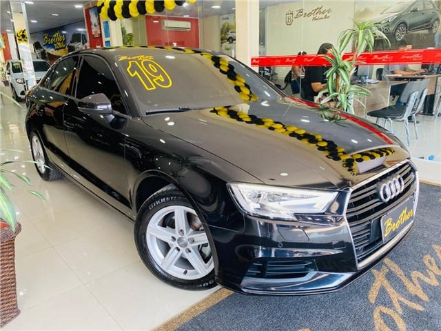 //www.autoline.com.br/carro/audi/a3-14-prestige-150cv-16v-sedan-flex-4p-automatic/2019/rio-de-janeiro-rj/12540744