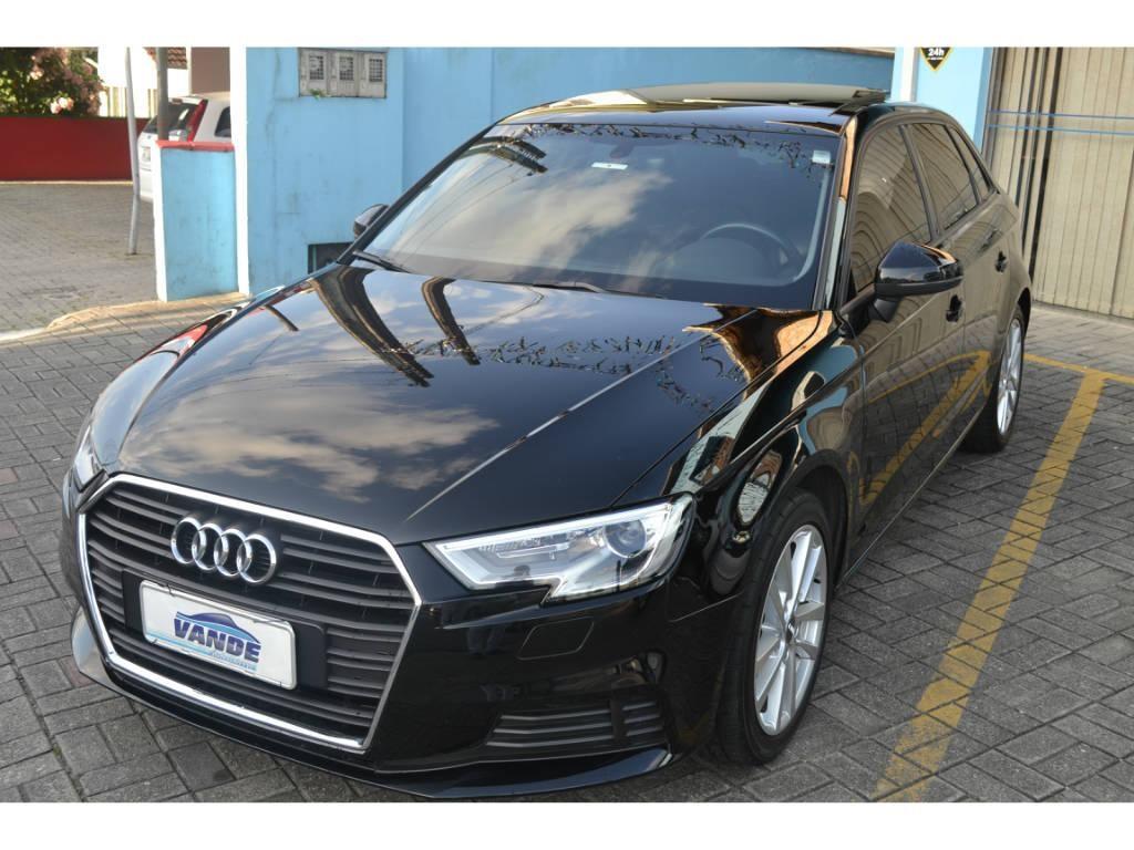 //www.autoline.com.br/carro/audi/a3-14-ambiente-122cv-16v-sportback-gasolina-4p-s/2018/joinville-sc/13458986