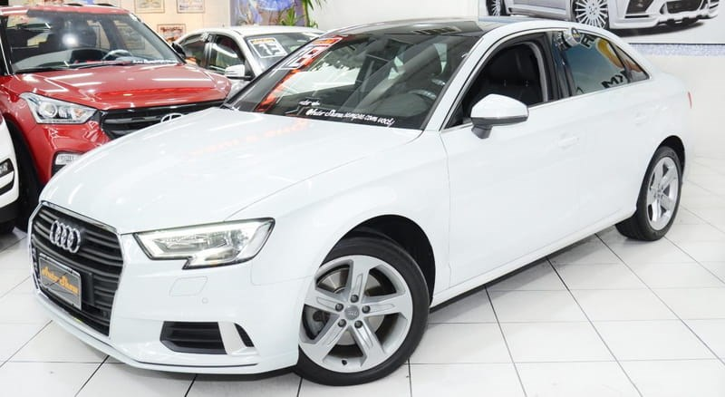 //www.autoline.com.br/carro/audi/a3-20-ambition-220cv-16v-sedan-gasolina-4p-s-tro/2018/sao-paulo-sp/13954386
