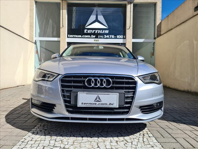 //www.autoline.com.br/carro/audi/a3-18-sedan-tfsi-16v-gasolina-4p-turbo-s-tronic/2015/sao-paulo-sp/14269005