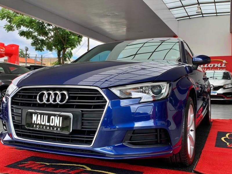 //www.autoline.com.br/carro/audi/a3-14-sedan-ambiente-16v-flex-4p-turbo-tiptronic/2017/curitiba-pr/14551188