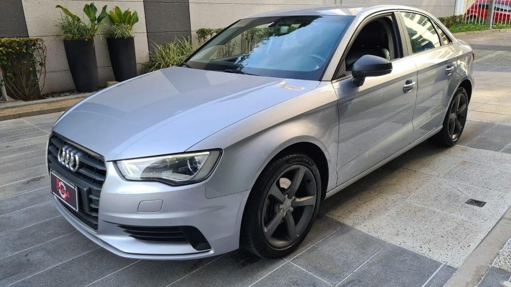 //www.autoline.com.br/carro/audi/a3-14-sportback-tfsi-ambiente-s-tronic-16v-gasol/2016/sao-paulo-sp/15016239