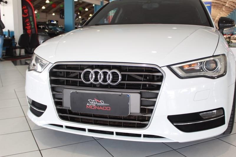 //www.autoline.com.br/carro/audi/a3-18-sportback-tfsi-16v-gasolina-4p-turbo-s-tro/2014/curitiba-pr/15141923