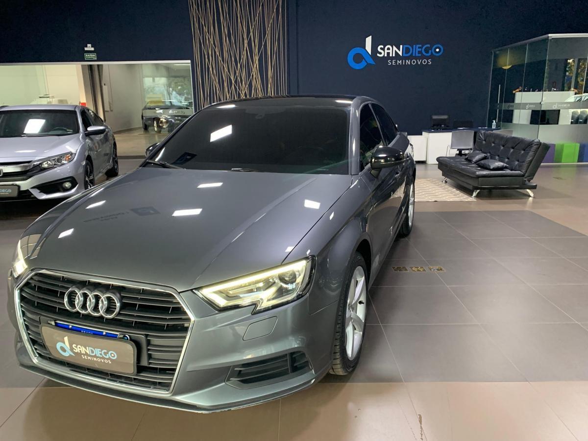//www.autoline.com.br/carro/audi/a3-14-sedan-attraction-16v-flex-4p-turbo-tiptron/2018/ribeirao-preto-sp/15696691
