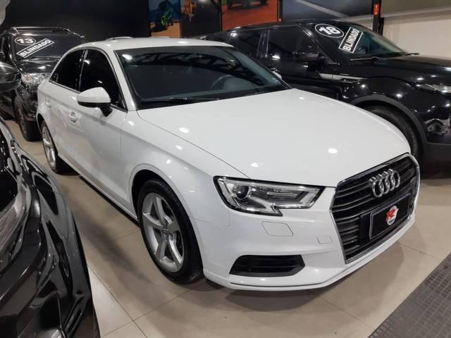 //www.autoline.com.br/carro/audi/a3-14-sedan-ambiente-16v-flex-4p-turbo-tiptronic/2018/sao-paulo-sp/15702081