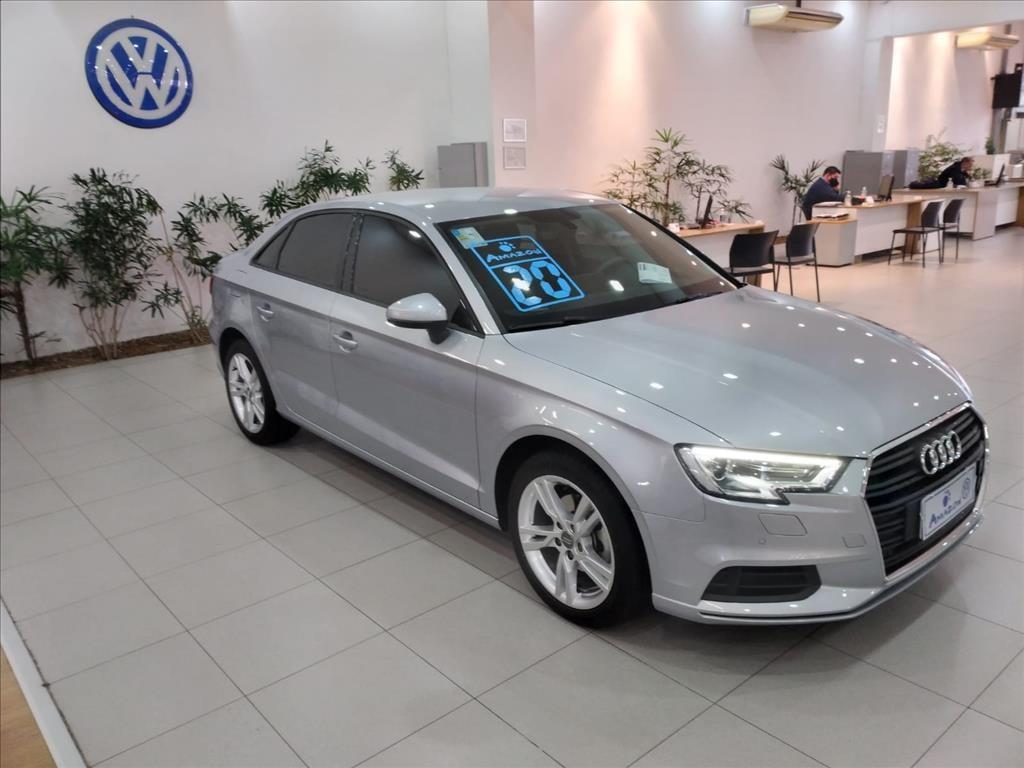 //www.autoline.com.br/carro/audi/a3-14-sedan-prestige-plus-16v-flex-4p-turbo-tipt/2020/sao-paulo-sp/15727564