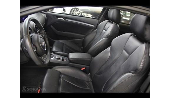 //www.autoline.com.br/carro/audi/a3-18-tfsi-sport-180cv-16v-gasolina-2p-s-tronic/2013/sao-paulo-sp/6784928