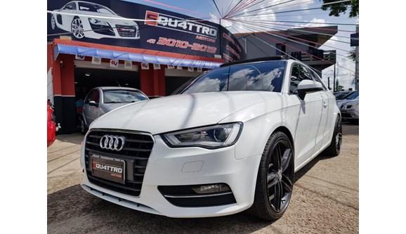 //www.autoline.com.br/carro/audi/a3-18-tfsi-180cv-16v-sportback-gasolina-4p-s-tro/2014/curitiba-pr/8415308