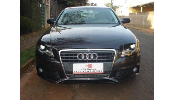 //www.autoline.com.br/carro/audi/a4-20-tfsi-ambiente-16v-sedan-gasolina-4p-automa/2010/bebedouro-sp/5876201