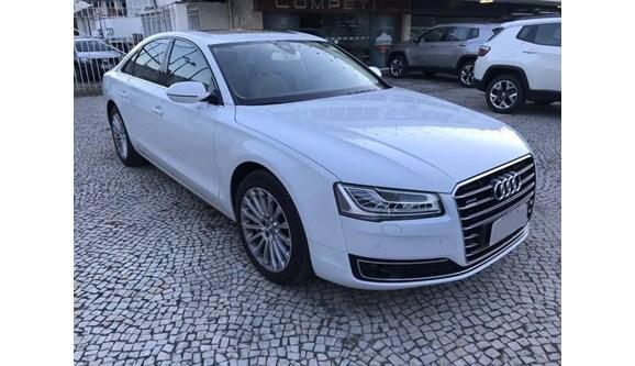 //www.autoline.com.br/carro/audi/a8-40-tfsi-32v-sedan-gasolina-4p-automatico/2016/sao-paulo-sp/7877324