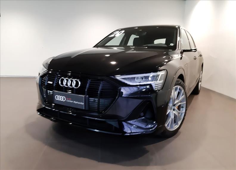 //www.autoline.com.br/carro/audi/e-tron-performance-black-quattro-24v-eletrico-4p-aut/2020/barueri-sp/15264938