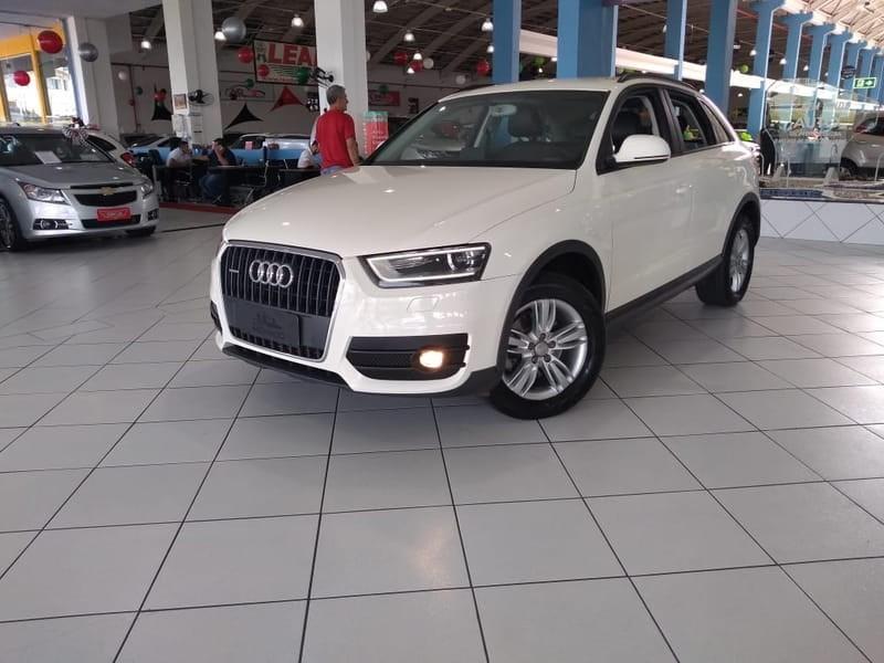 //www.autoline.com.br/carro/audi/q3-20-tfsi-ambition-quattro-4p-gasolina-s-tronic/2013/curitiba-pr/11345514