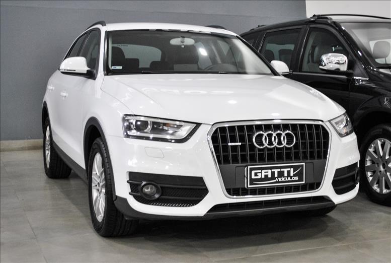 //www.autoline.com.br/carro/audi/q3-20-tfsi-attraction-quattro-4p-gasolina-s-tron/2013/osasco-sp/13064265