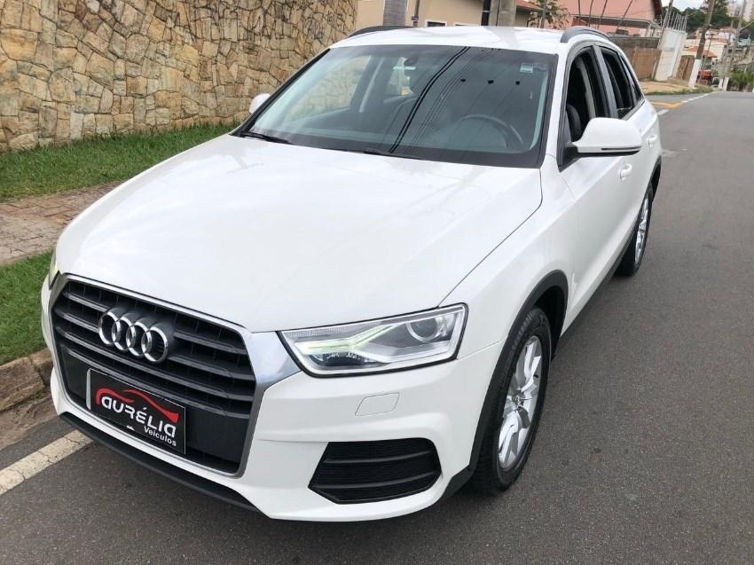 //www.autoline.com.br/carro/audi/q3-14-tfsi-attraction-16v-gasolina-4p-turbo-s-tr/2017/campinas-sp/14074396