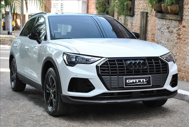 //www.autoline.com.br/carro/audi/q3-14-prestige-16v-gasolina-4p-turbo-s-tronic/2020/osasco-sp/14872829