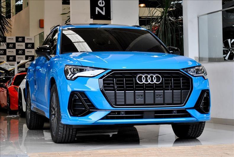 //www.autoline.com.br/carro/audi/q3-14-black-16v-gasolina-4p-turbo-s-tronic/2021/osasco-sp/14926521