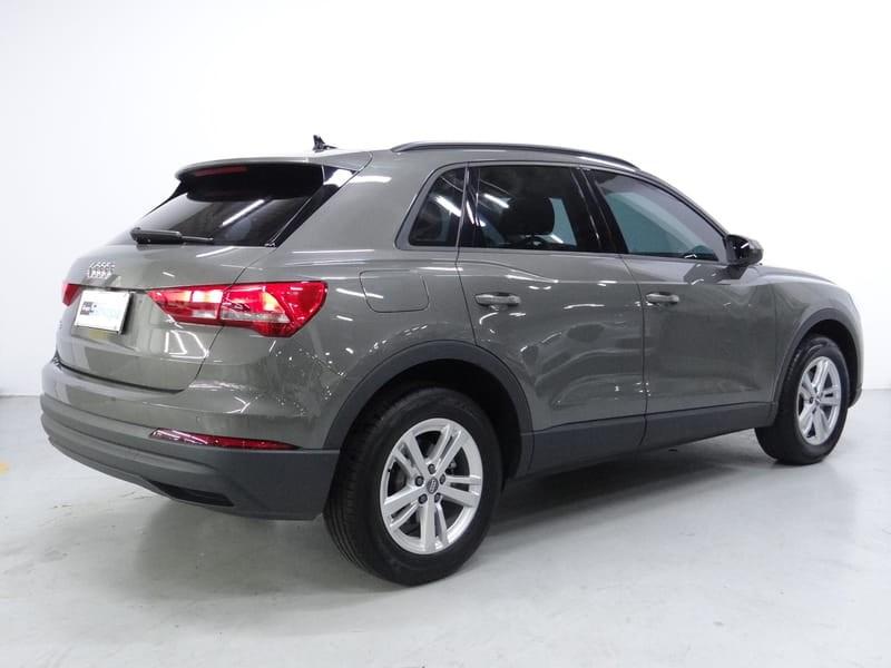 //www.autoline.com.br/carro/audi/q3-14-prestige-16v-gasolina-4p-turbo-s-tronic/2020/curitiba-pr/15543794