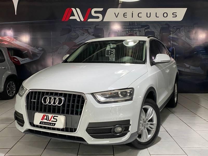 //www.autoline.com.br/carro/audi/q3-20-tfsi-ambiente-quattro-16v-gasolina-4p-turb/2013/itajai-sc/15660611
