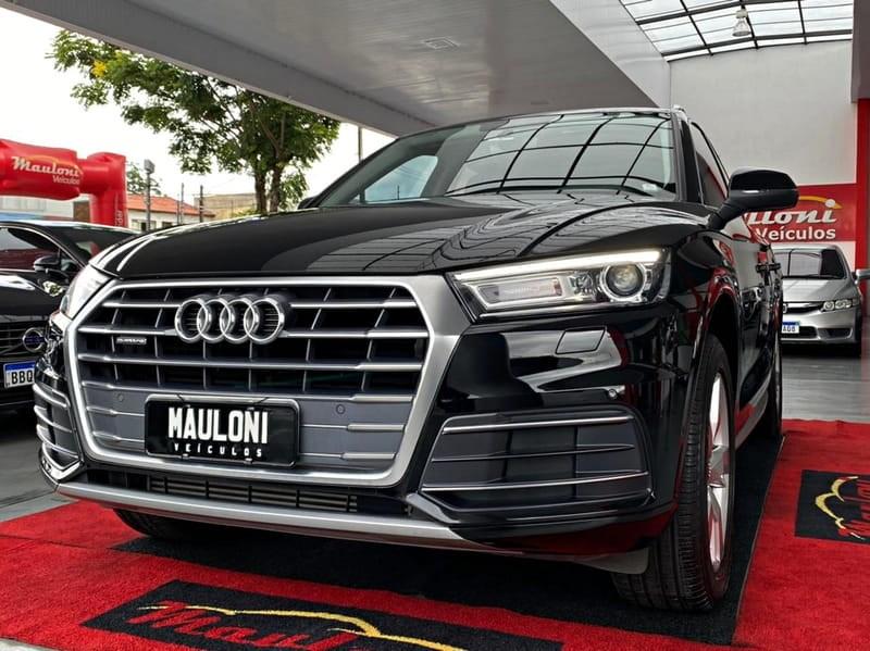//www.autoline.com.br/carro/audi/q5-20-ambiente-quattro-16v-gasolina-4p-turbo-s-t/2018/curitiba-pr/14670734