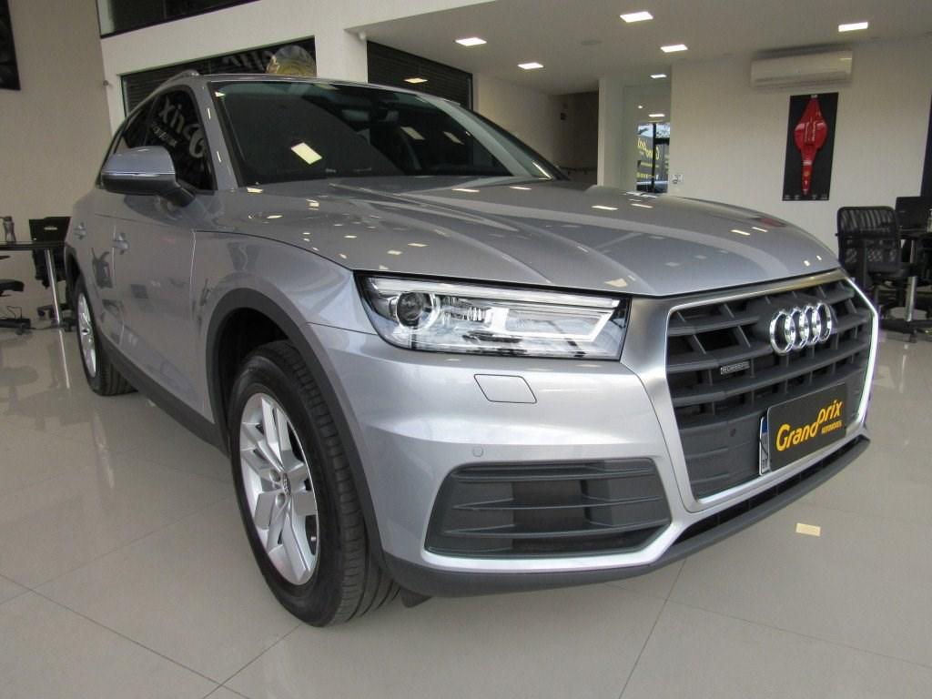 //www.autoline.com.br/carro/audi/q5-20-prestige-s-tronic-quattro-16v-gasolina-4p/2020/curitiba-pr/14781485