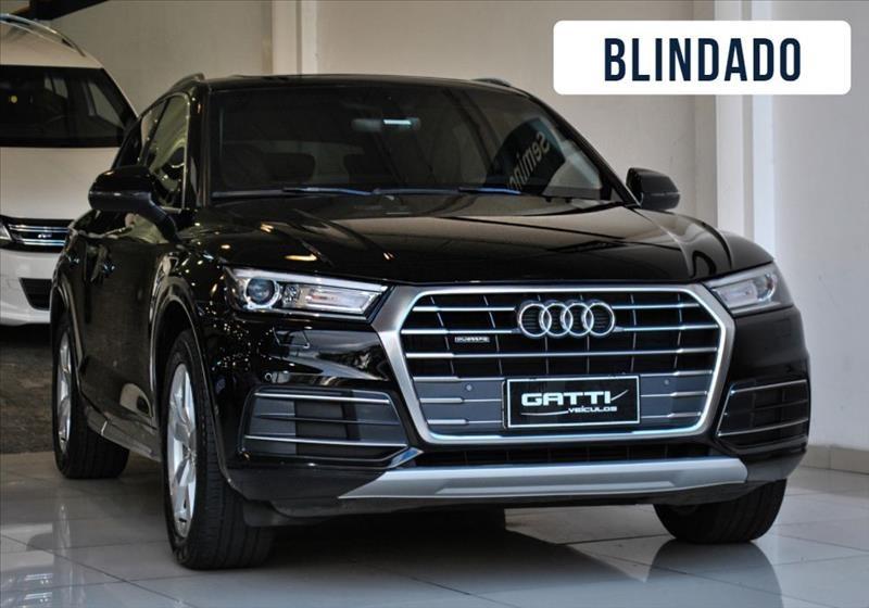 //www.autoline.com.br/carro/audi/q5-20-ambition-quattro-tfsi-16v-gasolina-4p-turb/2018/osasco-sp/15708992