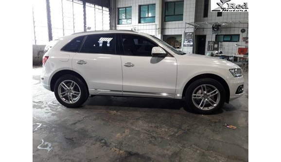 //www.autoline.com.br/carro/audi/q5-20-tfsi-ambiente-16v-gasolina-4p-automatico-4/2015/sao-paulo-sp/8541009
