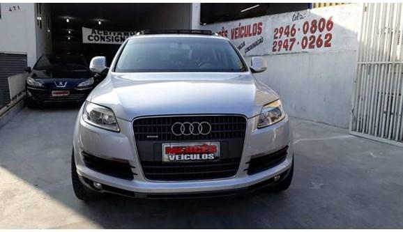 //www.autoline.com.br/carro/audi/q7-36-fsi-24v-gasolina-4p-automatico-4x4/2009/sao-paulo-sp/5886170