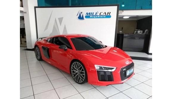 //www.autoline.com.br/carro/audi/r8-52-fsi-plus-40v-coupe-gasolina-2p-s-tronic/2018/sao-paulo-sp/10176751
