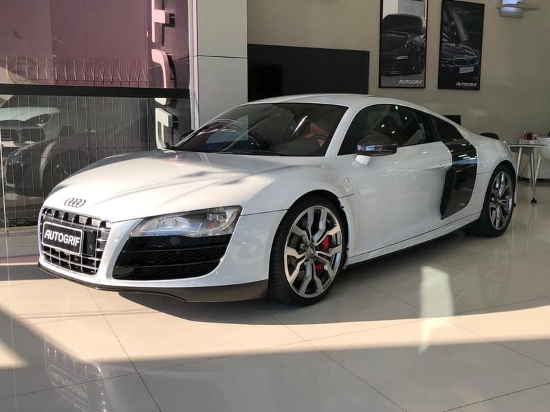 //www.autoline.com.br/carro/audi/r8-52-fsi-quattro-v10-40v-gasolina-2p-r-tronic/2012/curitiba-pr/11682914