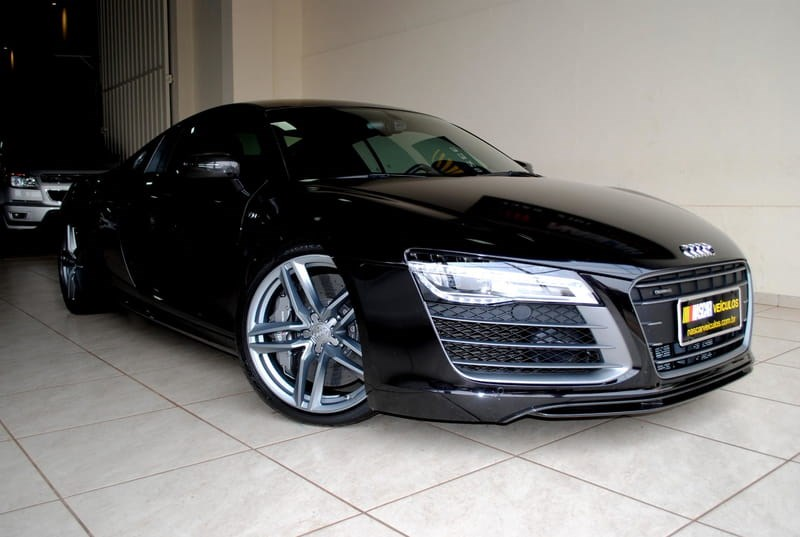//www.autoline.com.br/carro/audi/r8-52-fsi-plus-40v-coupe-gasolina-2p-s-tronic/2014/londrina-pr/12382794