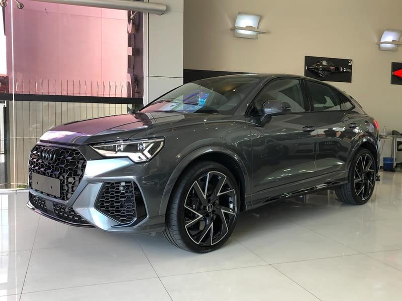 //www.autoline.com.br/carro/audi/rs-q3-sportback-25-rs-q3-20v-gasolina-4p-automatico-4x4-turbo/2021/curitiba-pr/13812368
