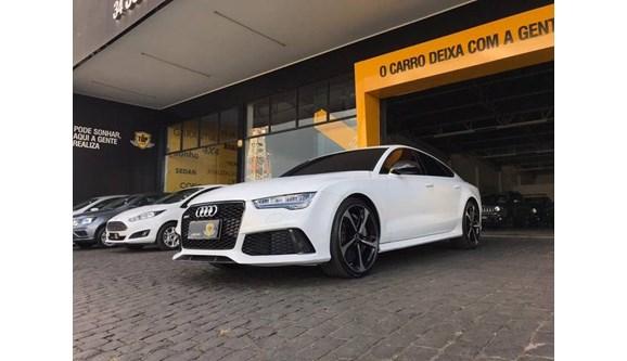 //www.autoline.com.br/carro/audi/rs7-40-tfsi-rs7-32v-sportback-gasolina-4p-automat/2016/patrocinio-mg/11186863