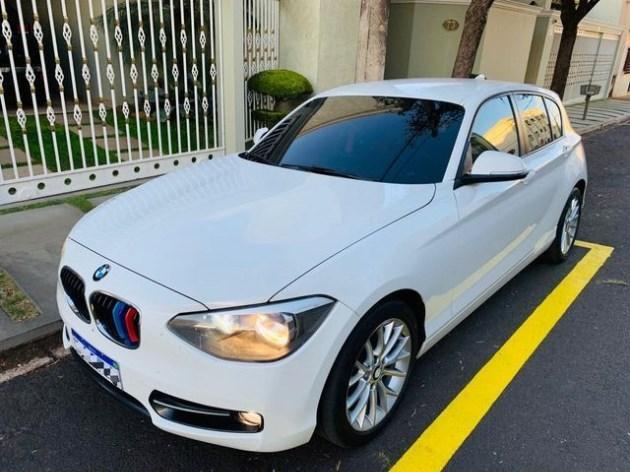 //www.autoline.com.br/carro/bmw/118i-16-sport-gp-turbo-170cv-4p-gasolina-automatic/2012/uberaba-mg/11836116