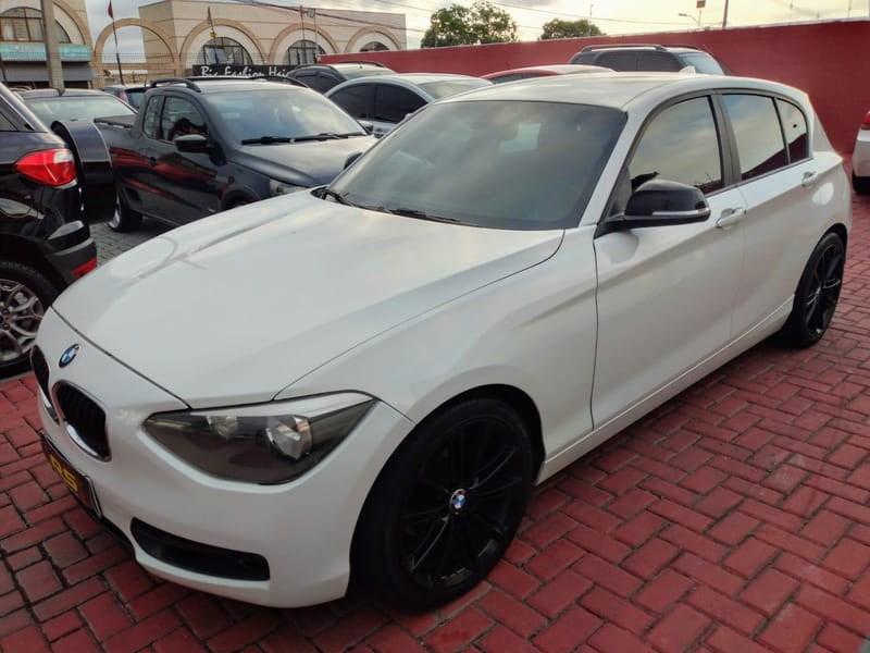//www.autoline.com.br/carro/bmw/118i-16-turbo-170cv-4p-gasolina-automatico/2013/curitiba-pr/13170836