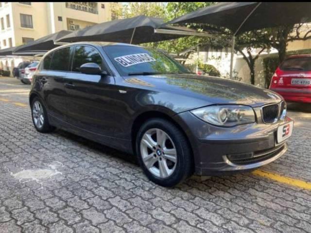 //www.autoline.com.br/carro/bmw/120i-20-top-16v-gasolina-4p-automatico/2009/sao-paulo-sp/15184325