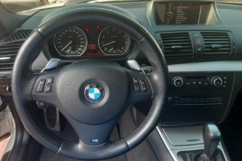 //www.autoline.com.br/carro/bmw/130i-30-sport-24v-gasolina-4p-automatico/2010/araraquara-sp/14001294