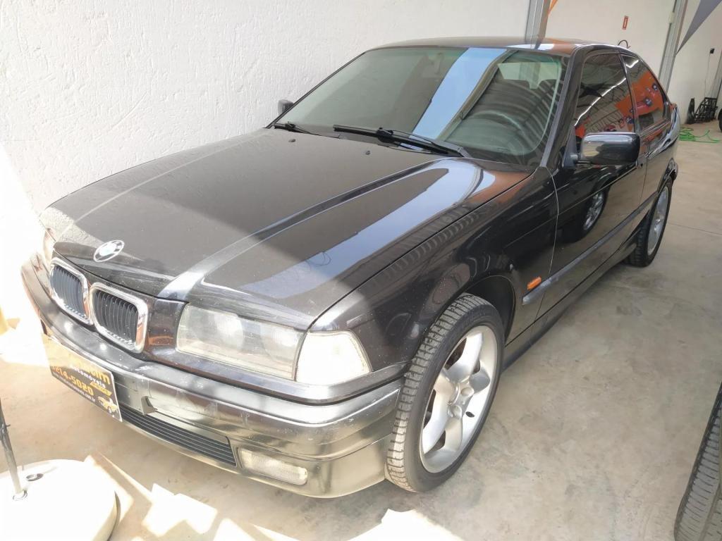 //www.autoline.com.br/carro/bmw/318i-18-compact-16v-gasolina-2p/1997/uberlandia-mg/12972100