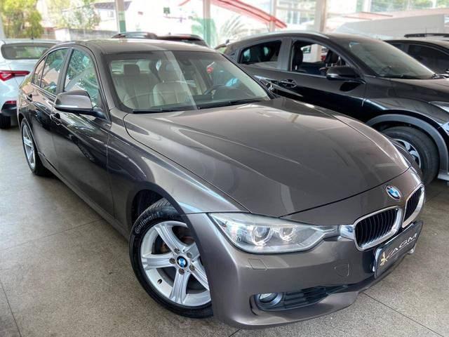 //www.autoline.com.br/carro/bmw/320i-20-16v-turbo-184cv-4p-flex-automatico/2015/goiania-go/12650976