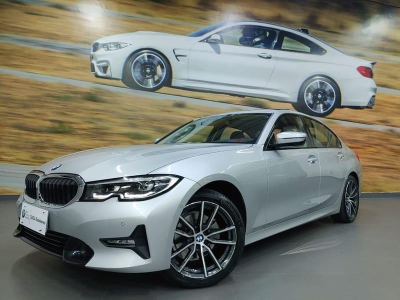 //www.autoline.com.br/carro/bmw/320i-20-sport-16v-sedan-gasolina-4p-automatico/2020/goiania-go/12919602