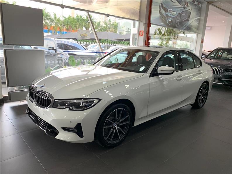 //www.autoline.com.br/carro/bmw/320i-20-gp-16v-sedan-gasolina-4p-automatico/2021/sao-paulo-sp/13147611