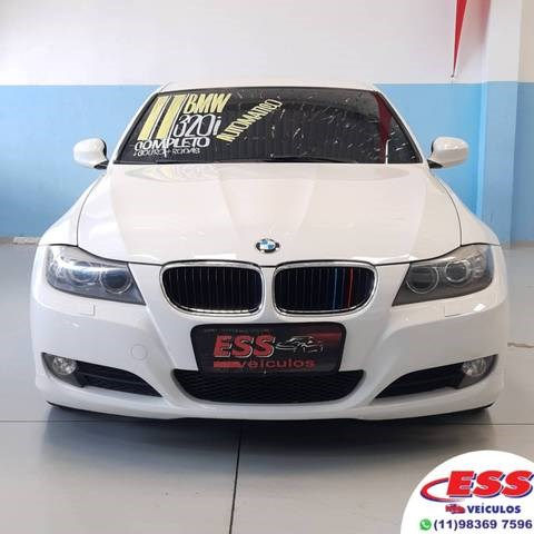 //www.autoline.com.br/carro/bmw/320i-20-sedan-16v-gasolina-4p-automatico/2011/sao-paulo-sp/14084147