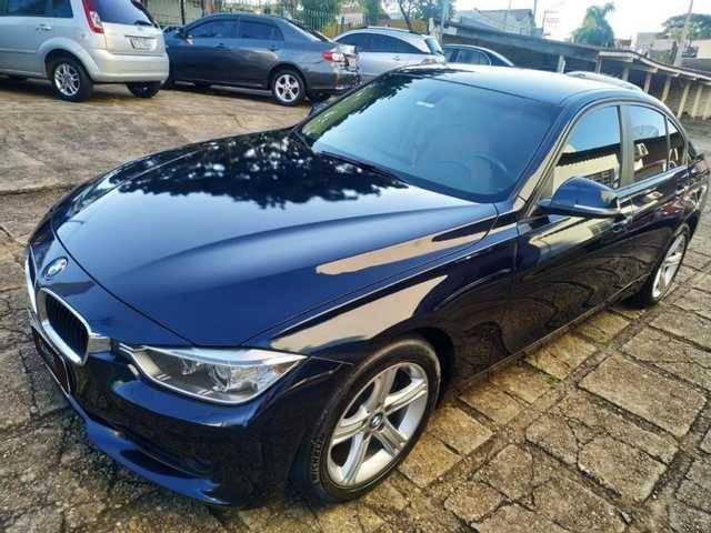 //www.autoline.com.br/carro/bmw/320i-20-sedan-16v-flex-4p-turbo-automatico/2015/sao-paulo-sp/14584005