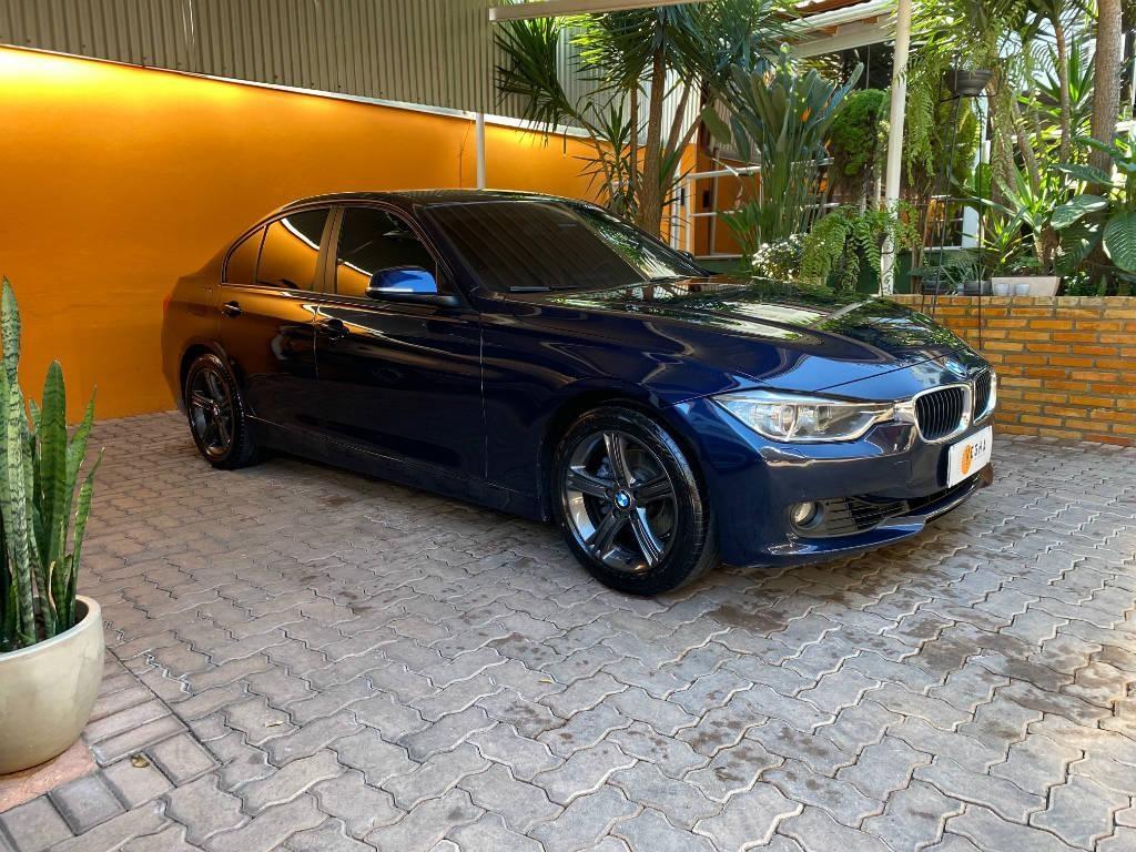 //www.autoline.com.br/carro/bmw/320i-20-sedan-16v-flex-4p-turbo-automatico/2014/belo-horizonte-mg/15034633