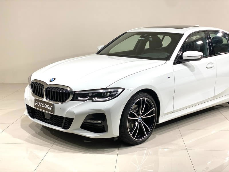 //www.autoline.com.br/carro/bmw/320i-20-sedan-m-sport-16v-gasolina-4p-turbo-automa/2020/curitiba-pr/15129689