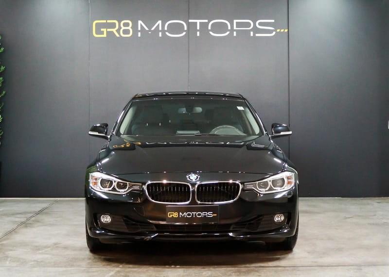 //www.autoline.com.br/carro/bmw/320i-20-sedan-16v-flex-4p-turbo-automatico/2015/brasilia-df/15540843