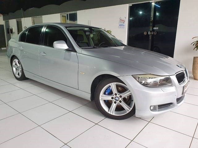//www.autoline.com.br/carro/bmw/320i-20-sedan-joy-16v-gasolina-4p-automatico/2010/blumenau-sc/15675223